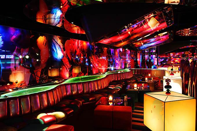 Silver Traveling Beijing Nightlife