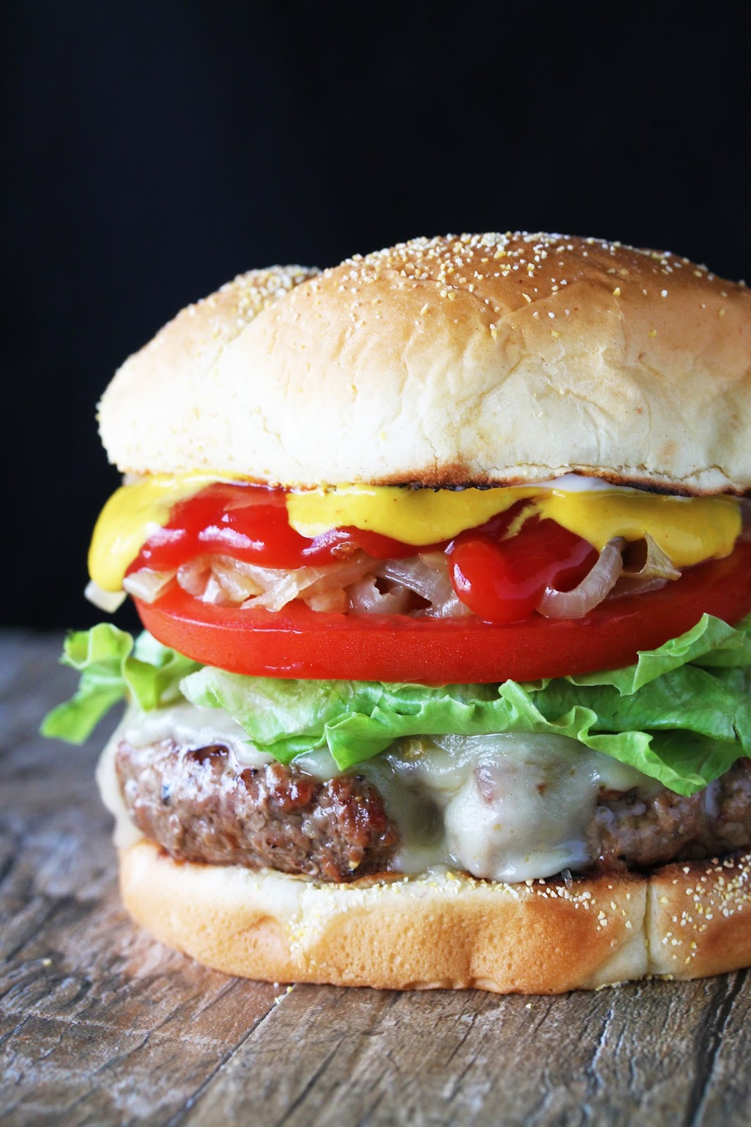 Watch Make the perfect cheeseburger video