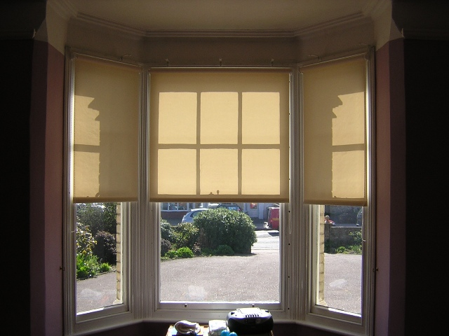 Blinds For Bay Windows Your Practical Option Ready Made Roman Blinds
