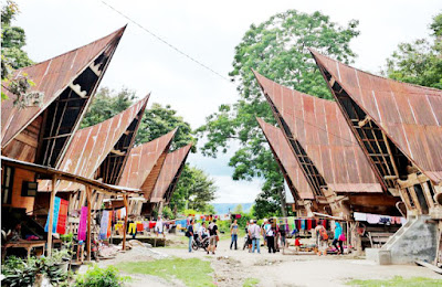 Rumah Asli Adat Sumatra Utara