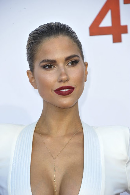 Kara Del Toro – '47 Meters Down' Premiere in Los Angeles