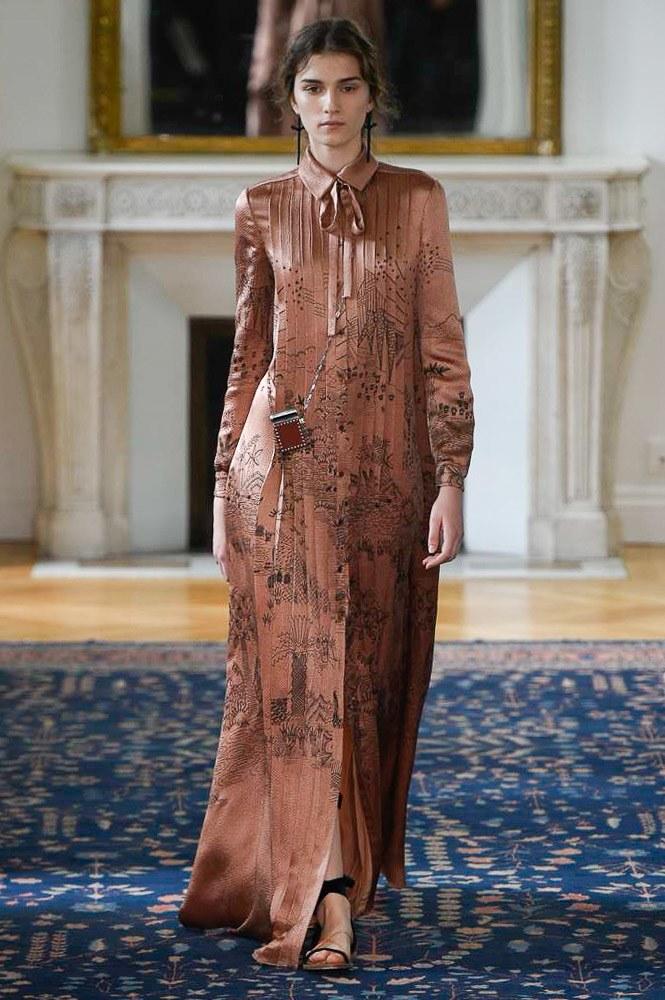 fashion/Valentino-Spring-2017-Collection