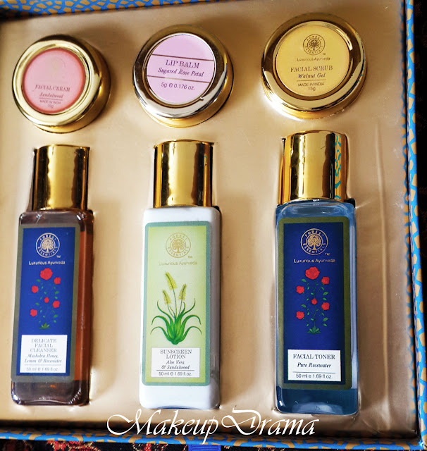 Forest Essential - Facial Indulgence Kit : Review, Forest Essential review, Forest Essential - Facial Indulgence Kit, Facial Indulgence Kit, Ladies essential travel kit, Forest Essential  Ladies essential travel kit, Forest Essential India, Review, herbal products, Forest essential, products, forest essentials samples, forest essential sample box, forest essential sample box review, forest essential sample box review India, forest essential sample box india , forest essential india