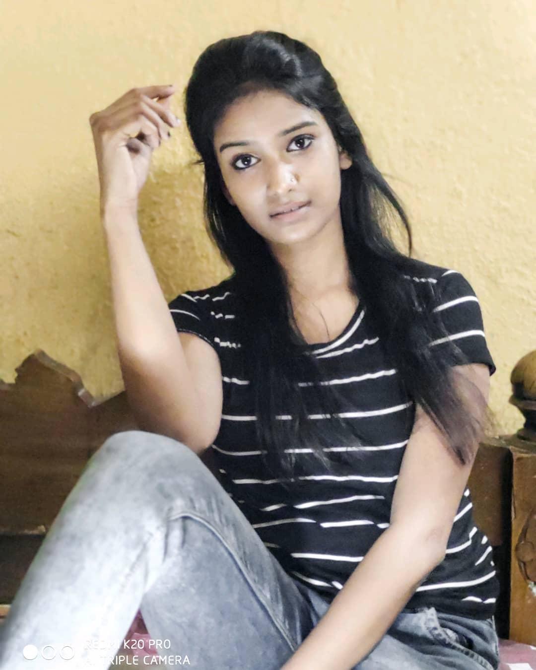 Pallabi Ghosh (Honey) 7