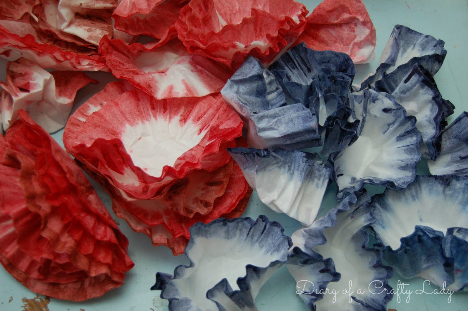 Diary of a Crafty Lady: Patriotic Coffee Filter Wreath