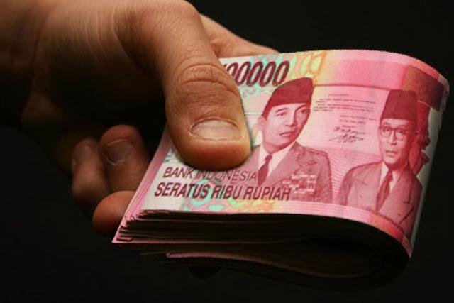 Meski Memberi Pinjaman Uang ke Orang Lain itu Baik, Jangan SAMPAI Abaikan 3 Hal ini
