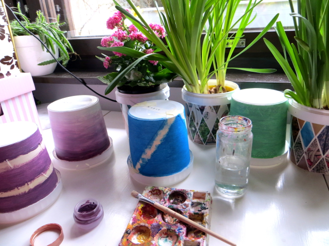 Does Acrylic Paint Work On Flower Pots