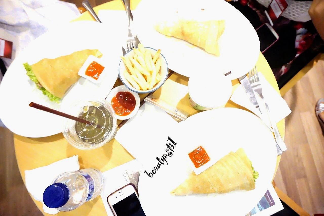 momi-and-toys-crepes-jakarta.jpg