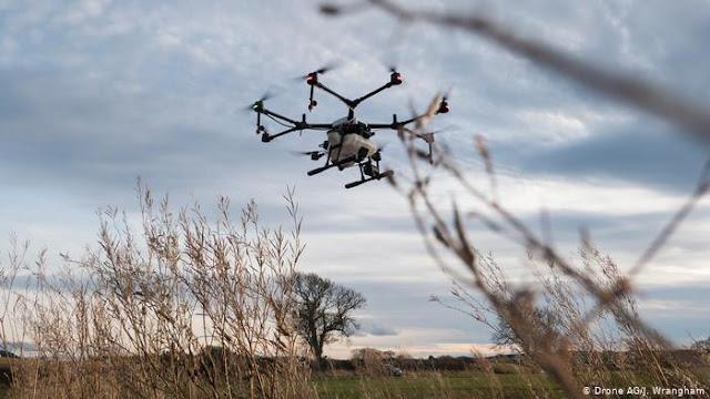 अगली पीढ़ी की खेती: कैसे ड्रोन ब्रिटिश कृषि का चेहरा बदल रहे हैं