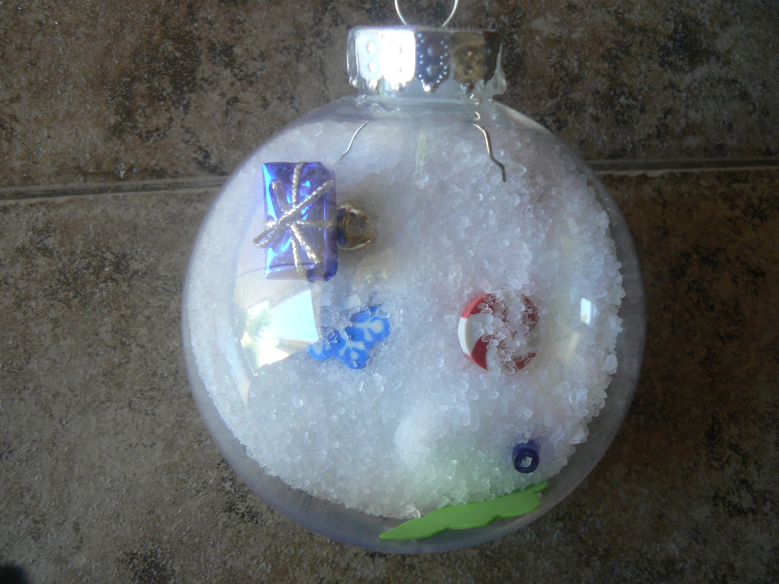 Mrs. T's First Grade Class: Christmas Ornaments