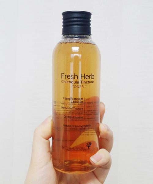 Fresh Herb Calendula Tincture Toner