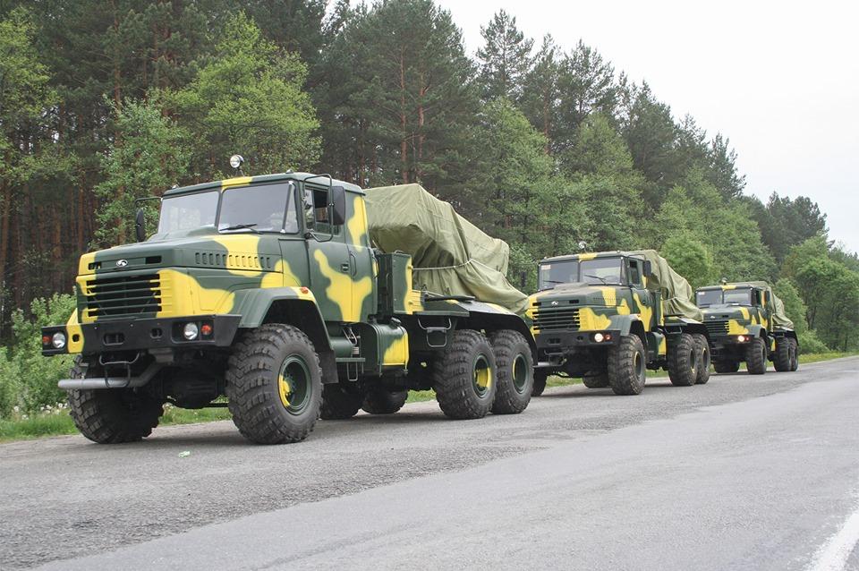 АвтоКрАЗ vs Богдан або 2772 проти 800
