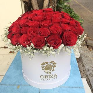 toko bunga mawar merah di surabaya, tempat jual mawar merah di surabaya, harga rangkaian bunga mawar merah di surabaya