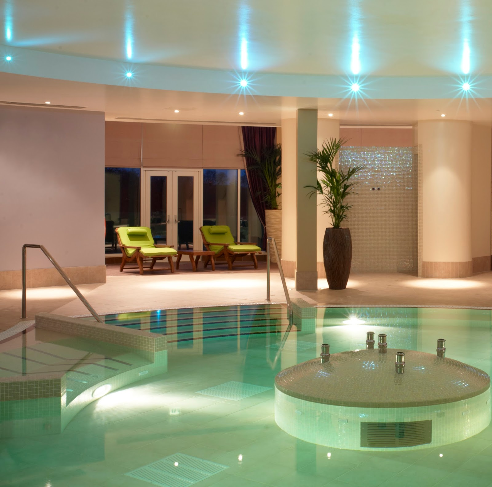 Rockliffe Hall midweek spa break review - hydro pool