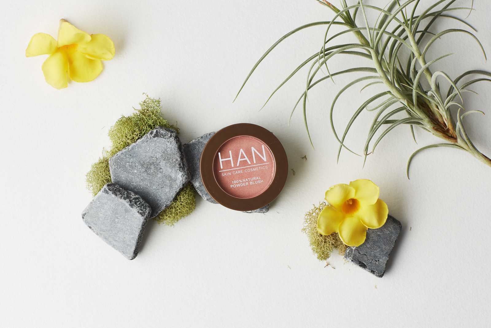 HAN Skin Care Cosmetics Pressed Blush in Coral Candy Swatch