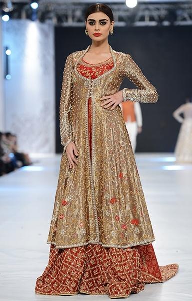 Sania Maskatiya August Dream Bridal Wear 2017 at PLBW Fashion Show