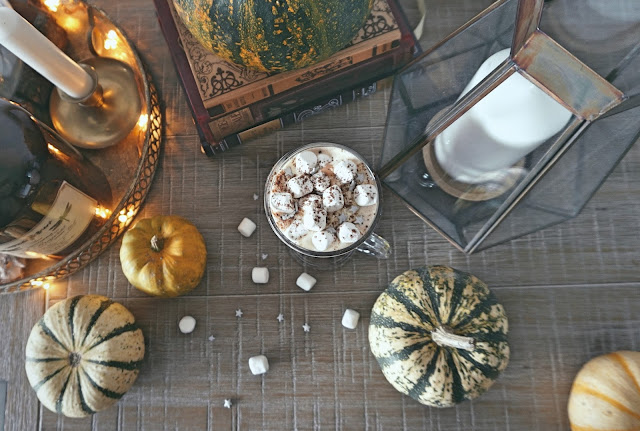 Butterbeer_Hot_Chocolate_Harry_Potter_inspired_hot_drink_autumnal_october_spooky_cosy_hygge_gezellig_autumn_seasonal_recipe_DIY_cosy interiors_butterbeer hot chocolate recipe_