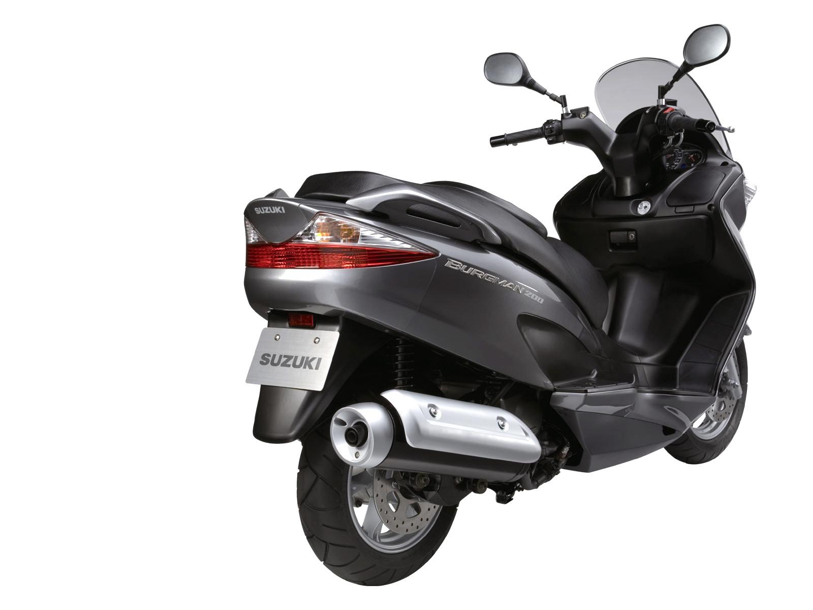 2007 Suzuki An Burgman 125 Scooter Pictures Specifications