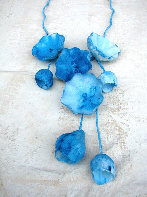 Maxy collane di carta dipinte a mano colore  azzurro, turchese
