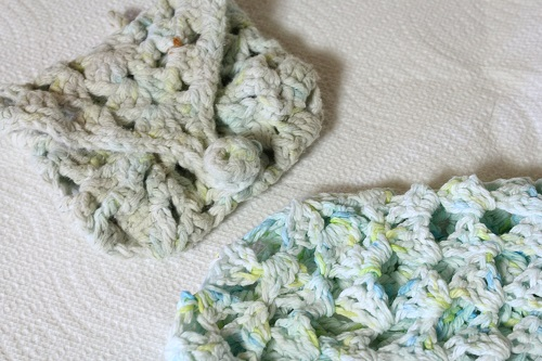 Peaches & Creme, yarn, cotton, washcloth, mitt, granny square, crochet, color fastness, color running