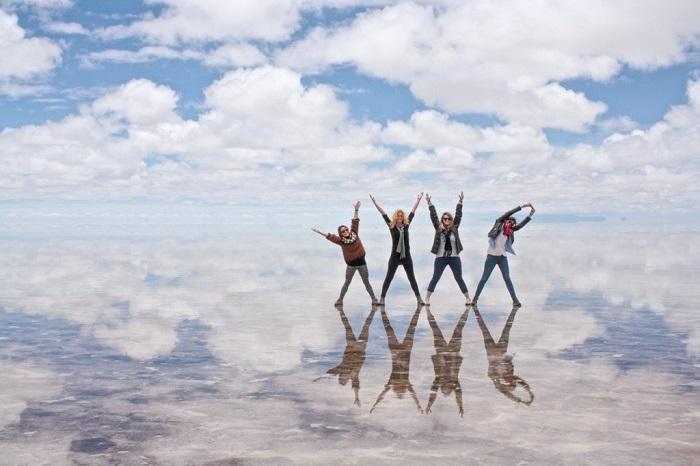 Salar De Uyuni Bolivia The World S Largest Mirror