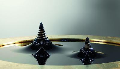 The 'Turbulences' Exhibit, de Louis Vuitton 7