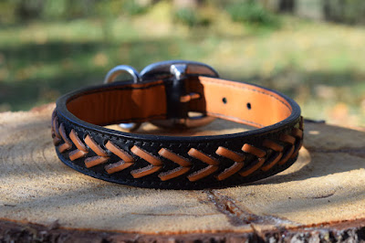 Custom laced leather collar suitable for size M dogs