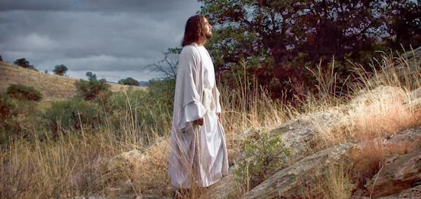 Resultado de imagem para JESUS ORANDO