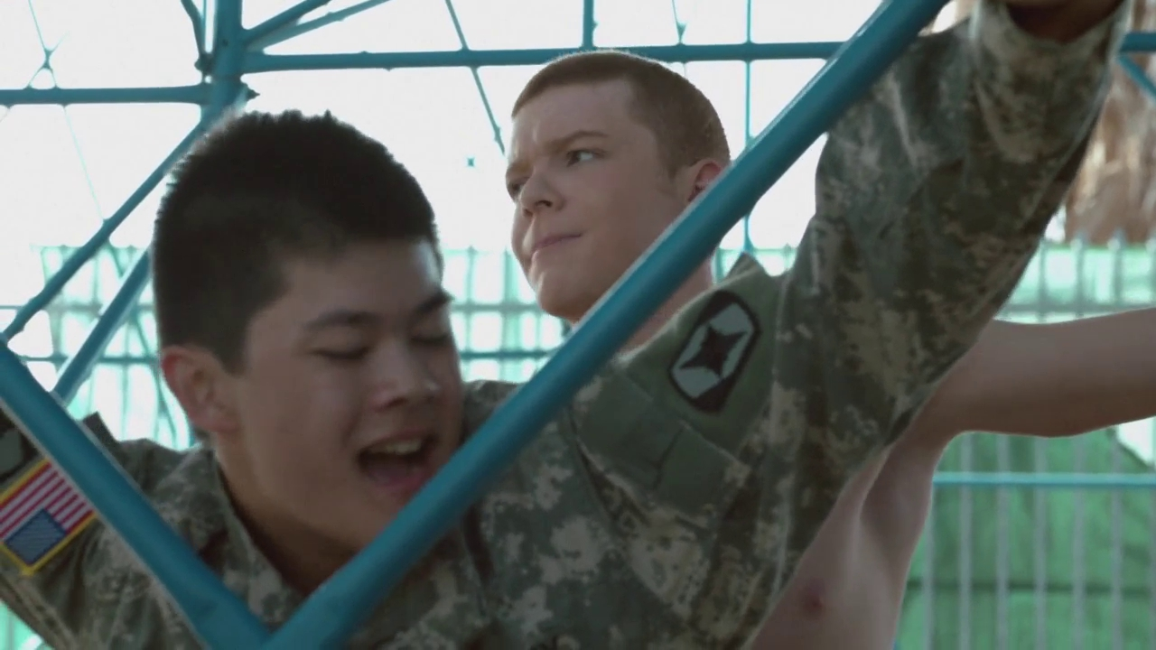The Stars Come Out To Play Cameron Monaghan - Shirtless -8227