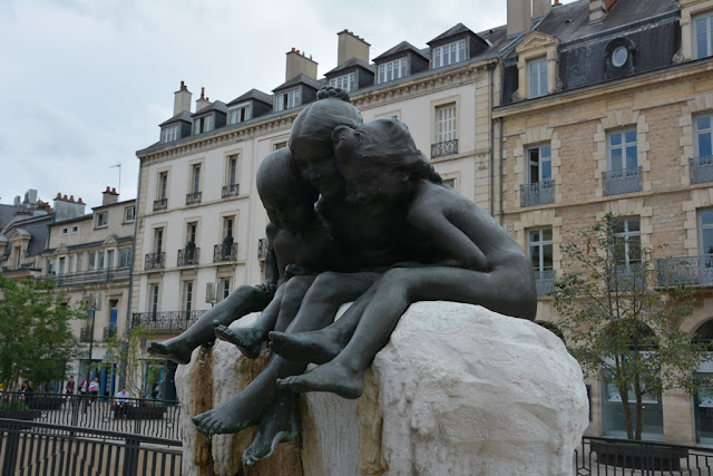 Dijon Place Darcy