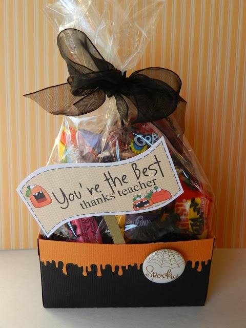 Halloween Baby Gifts Ideas : It s written on the wall halloween treat tags plus