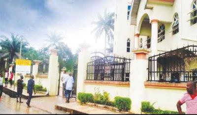 Anambra: Ozubulu Youths protest reopening of St Philips Catholic Church