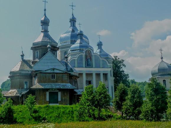 Тисов. Свято-Введенские храмы 1783 и 2013 г.