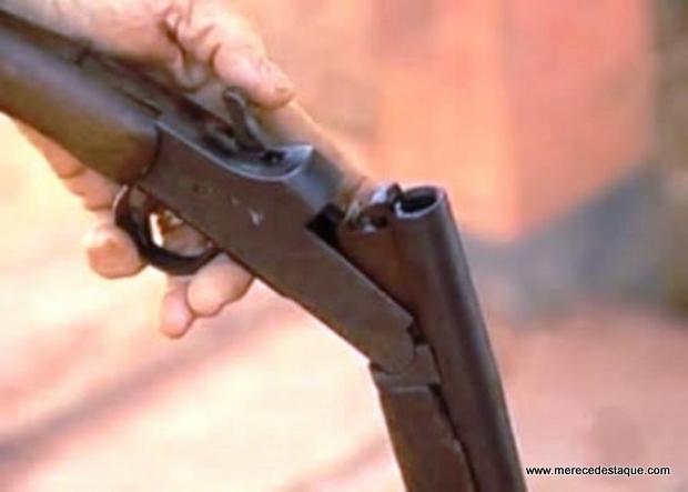 Adolescente de 12 anos mata irmão de seis com espingarda do pai no Agreste de Pernambuco