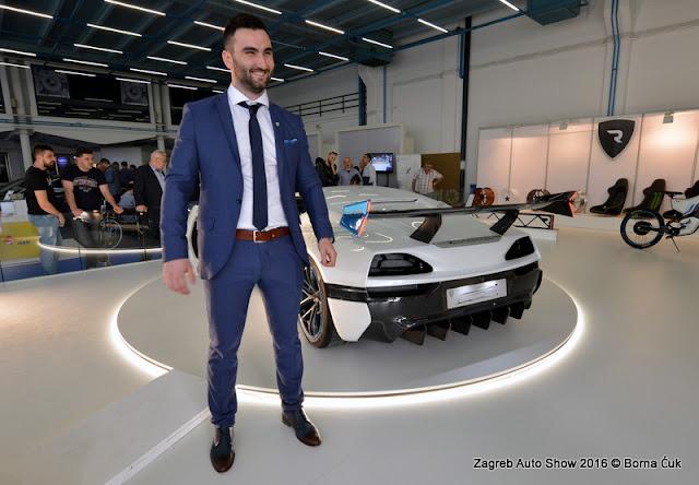 Zagreb Auto Show otvorio je u jutro 5. travnja vrata novinarima i partnerima akterima domaćeg automobilskog tržišta. Službeno otvaranjesajma je održano u 18 sati uz veliki broj uzvanika a poseban gost je bio glavni tajnik međunarodnog udruženja proizvođača vozila OICA, gospodin Yves Van Der Straaten.  Očekiujue se da će sajam na 70 tisuća kvadrata izložbenog prostora u 14 paviljona i na otvorenom do 10. travnja posjetiti više od 120 tisuća posjetitelja. Sajam, prvi nakon osam godina, nudi ukupno 70 premijera, 440 izlagača na 33 zemlje. Zastupljen je 81 brand automobila, motocikala i gospodarskih vozila.  Zagreb Auto Show 2016 @ Borna Ćuk © www.press-photo.eu #zagrebautoshow