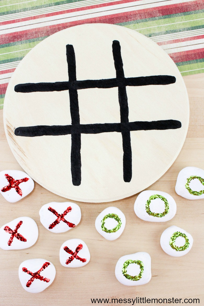 homemade gifts for kids. tic tac toe game. Christmas gamne ideas