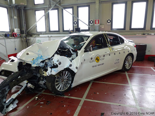 Alfa Romeo Giulia Crash Test Car