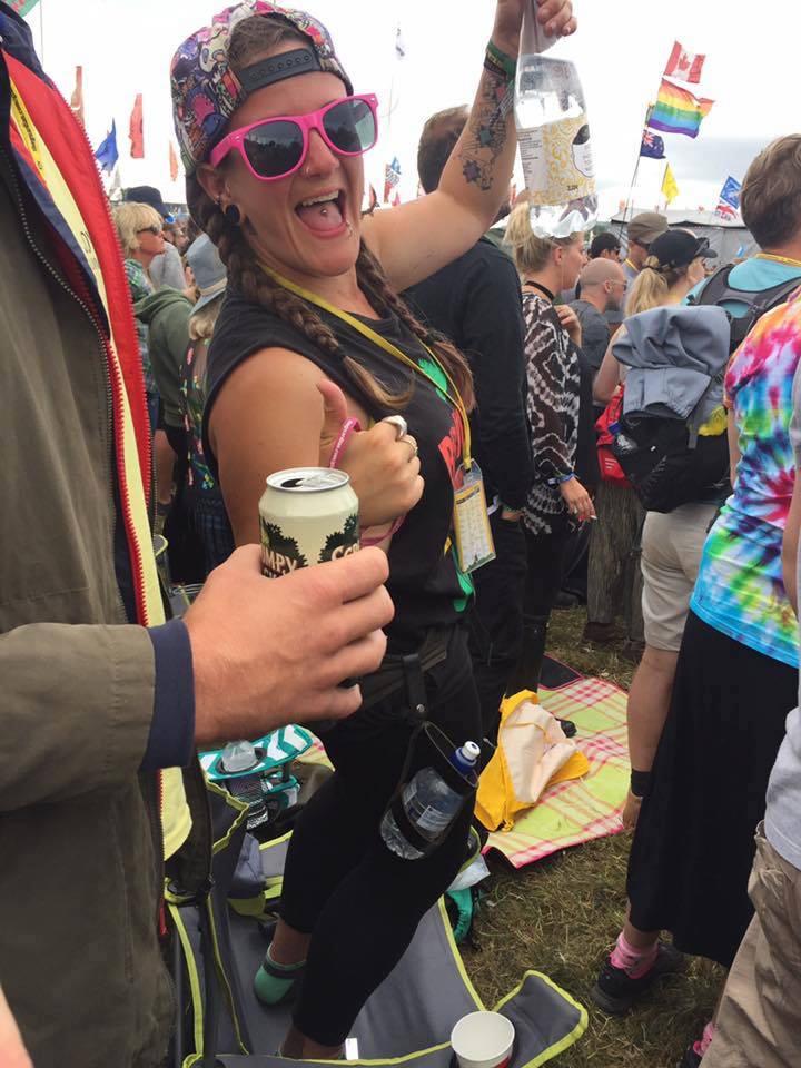 FitBits | Glastonbury Festival miles walked calories burned steps - Tess Agnew fitness blogger