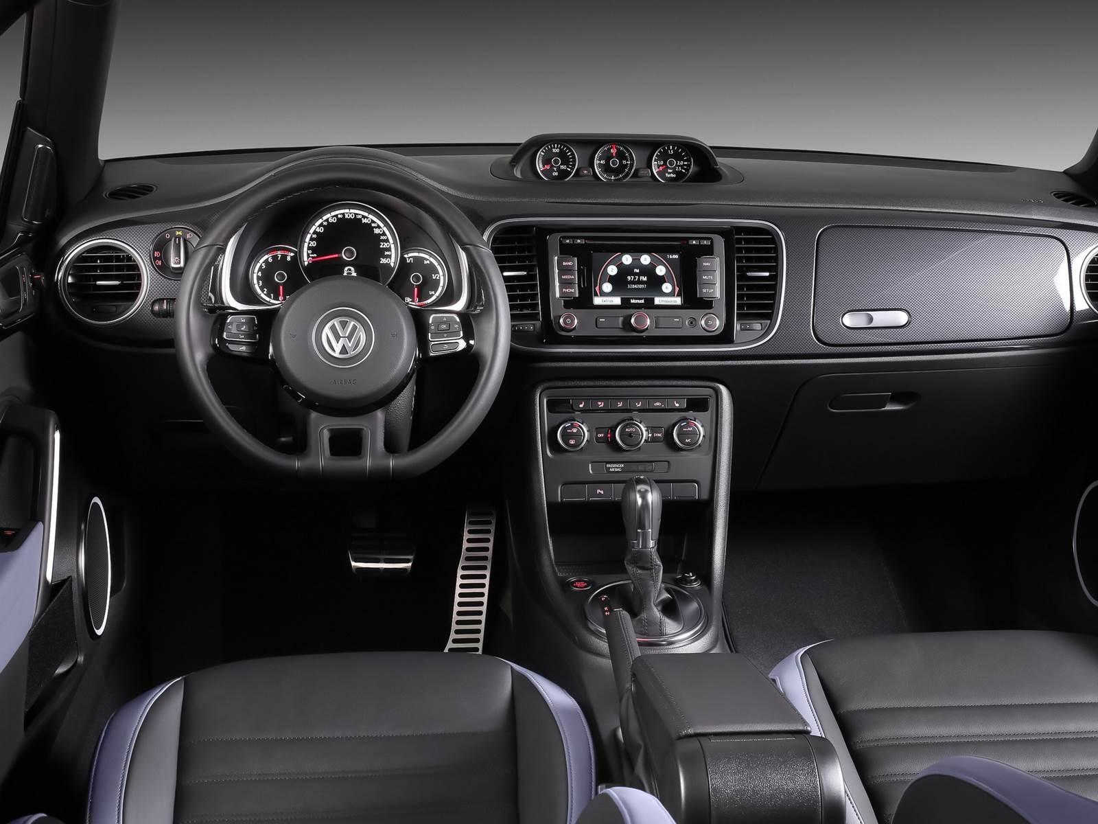 VW Fusca 2017 Conversível - interior