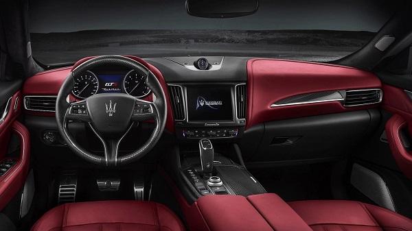 Maserati Levante GTS Interior