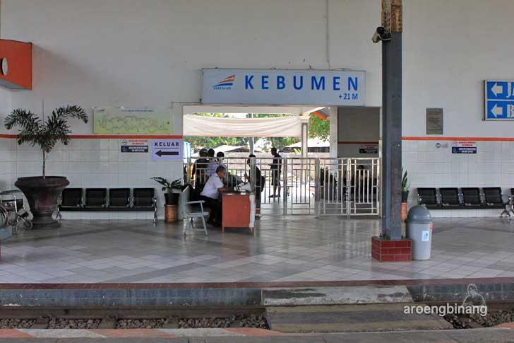 stasiun kereta api kebumen