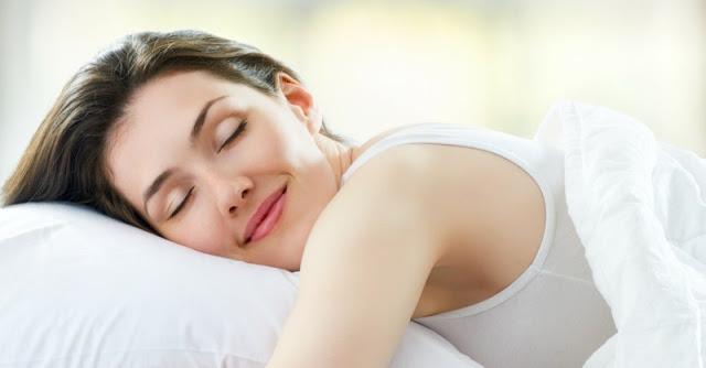 -    الحفاظ علي الراحه والنوم الكافيء