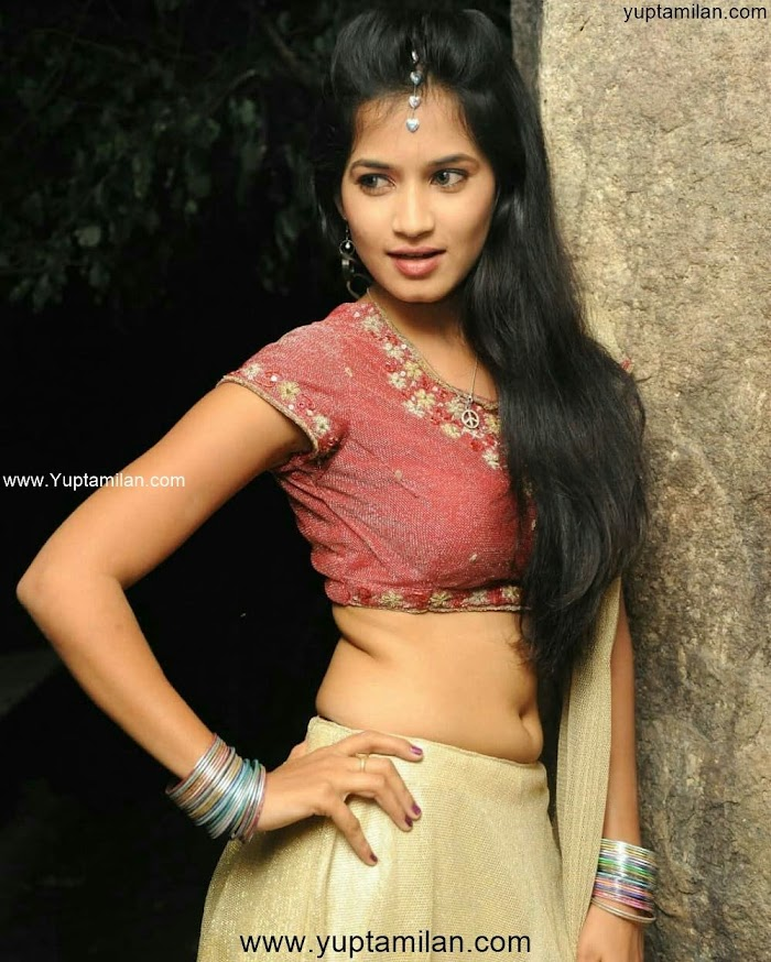 Anwika Sexy Photos- Spicy Navel Pictures