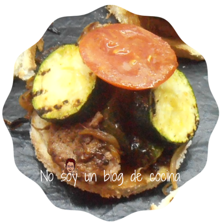 Montaditos de hamburguesas con verduras