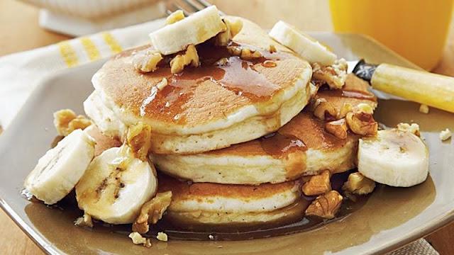 Banana-Nut Pancakes