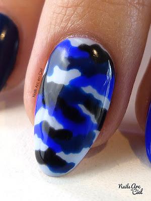 Nail Art - Camouflage militaire bleu sans matériel et facile au vernis semi-permanent par Nails Arc en Ciel