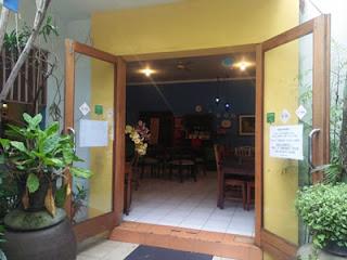 Pintu utama RM. Potre Koneng Malang