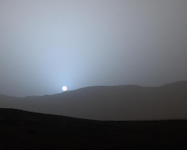 Sunset di planet Mars
