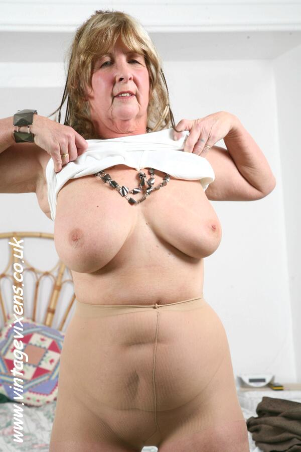 Archive Of Old Women Grannies Hot Mix-2220