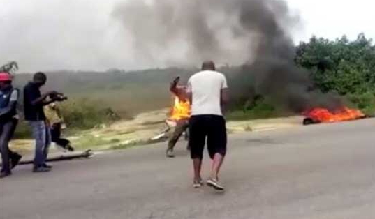 nigerian actor set on fire